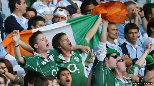 Irish fans sing