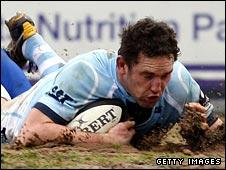 Craig Newby scores