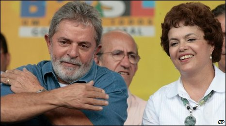 President Lula (left) and Dilma Rousseff in a photo from 12 February 2010