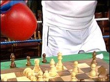 Chess boxer