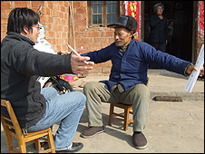 Chinese fisherman being interviewed by a researcher (Image: ZSL)