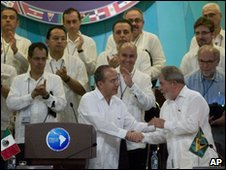 Latin American and Caribbean leaders at the Cancun regional summit - 22 February 2010