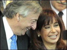 Nestor Kirchner (l) and Cristina Fernandez de Kirchner