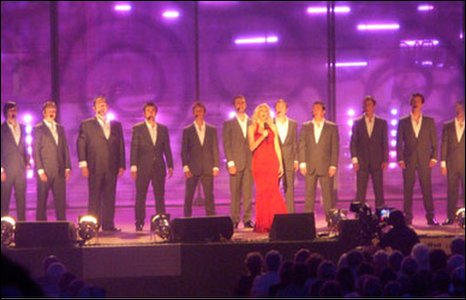 Only Men Aloud! a Gwawr Edwards
