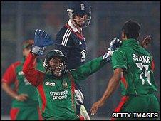 Kevin Pietersen falls cheaply