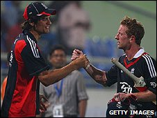 Alastair Cook congratulates Paul Collingwood