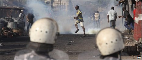 Protesters in Lome, 07/03