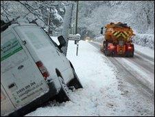 Snow puts van in ditch