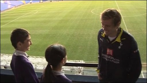 Peter Crouch talks to School Reporters