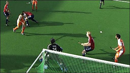 England 3-4 Netherlands