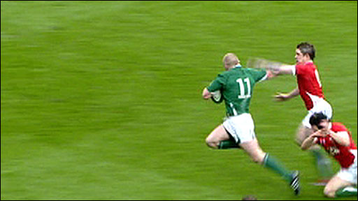 Keith Earls heads for the try line for Ireland against Wales