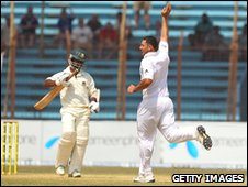 Tim Bresnan strikes