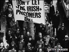 15th November 1980: Crowds in Belfast marching in support of the nationalist prisoners on hunger-strike for improved conditions at the H-Blocks of Long Kesh prison