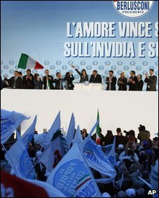 Pro-Berlusconi rally in Rome