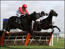Big Buck's ridden by Ruby Walsh