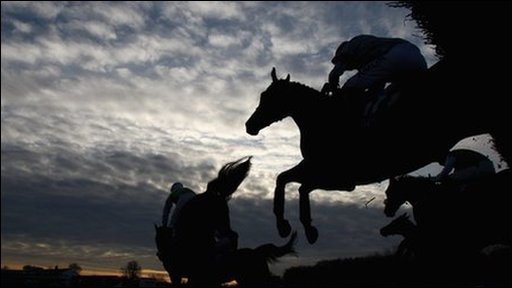 Dream Alliance jumps at Chepstow to en route to win the Welsh National