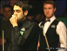 Ronnie O'Sullivan (left) and Stephen Hendry