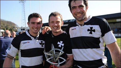 Neath celebrate their Welsh Premiership win after the 109-21 winm over Bedwas
