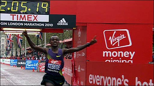 Ethiopia's Tsegaye Kebede wins the 2010 London Marathon