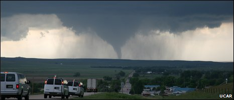 Tornado in Wyoming, June 2009 (Image: UCAR)