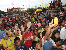 Supporters at a rally for Noynoy Aquino