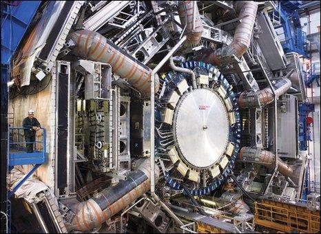 Atlas experiment (M. Brice/C. Marcelloni/Cern)