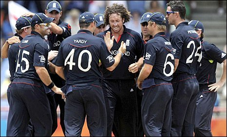 Ryan Sidebottom is congratulated for taking a wicket