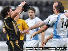 Rob Dewey and Marty Holah face off as tempers fray in the big game