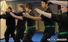 http://news.bbcimg.co.uk/media/images/47884000/jpg/_47884403_ninjas2getty.jpg