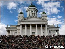 Crowds in front of Helsinki Cathedral in preparation for the 2007 Eurovision Song Contest