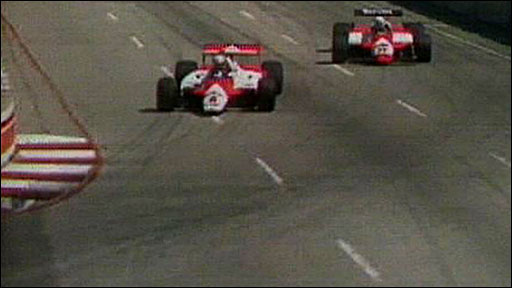 Niki Lauda takes the lead of the 1982 US GP West