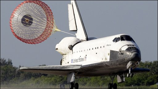 Atlantis lands at Kennedy