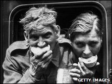 Soldiers evacuated from Dunkirk