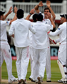 England celebrate another Steve Finn wicket