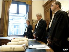 Magistrates observe a minute of silence in the Palace of Justice in Brussels, 4 June 2010