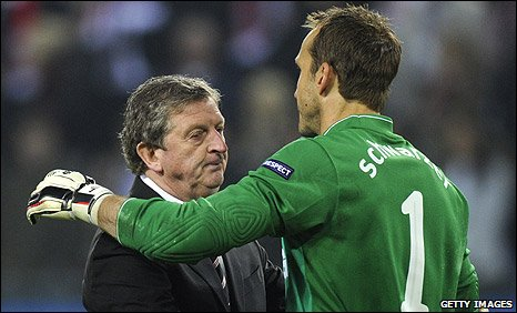Roy Hodgson and Mark Schwarzer