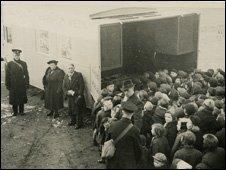 Evacuees to Blaenavon in 1940. Pic: Joan Stevens