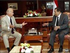Joe Biden (left) and Hosni Mubarak in Sharm el-Sheikh, Egypt, 7 June 2010