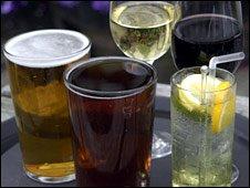 http://news.bbcimg.co.uk/media/images/48020000/jpg/_48020538_alcohol226170.jpg