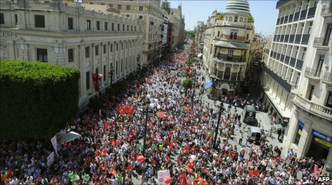 People demonstrate in Sevilla, 8 June