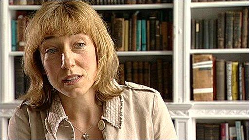 Dr Anna Gilmore