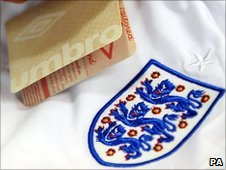 fake England shirt