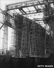 Scaffolding around the Titanic at Harland and Wolff