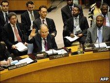 Turkey voting against UN sanctions on Iran - 9 June 2010