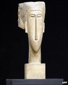 The Modigliani sculpture