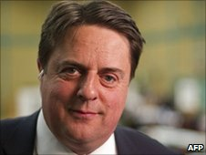 BNP leader Nick Griffin to attend Queen's garden party
