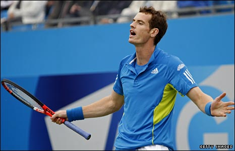 Andy Murray shows his frustration as he loses at Queen's