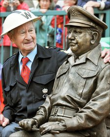 Statue of Dad&#039;s Army&#039;s Captain Mainwaring with Bill Pertwee from the series