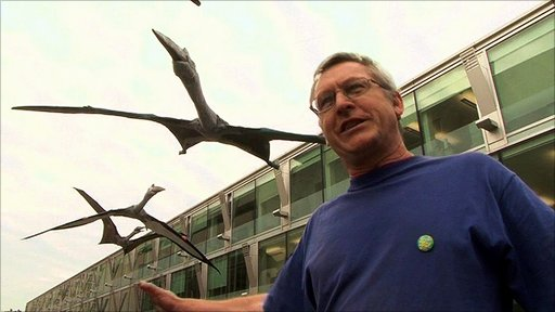 Giant prehistoric pterosaurs descend on London