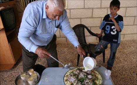 Abu Hamer serves up mansaf